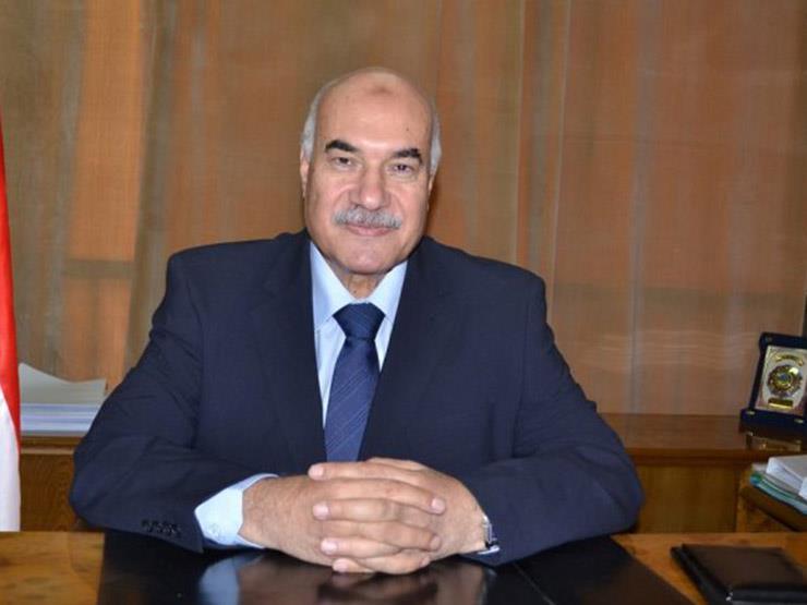 قطاع الأعمال تجدد لأحمد مصطفى في رئاسة القابضة للغزل لمدة 3 سنوات