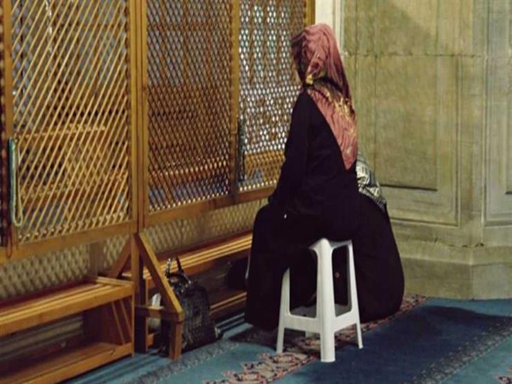 """""""الأزهر للفتوى"""": الصلاة جلوساً لها شروط بدونها تبطل الفريضة.. تعرف عليها"""