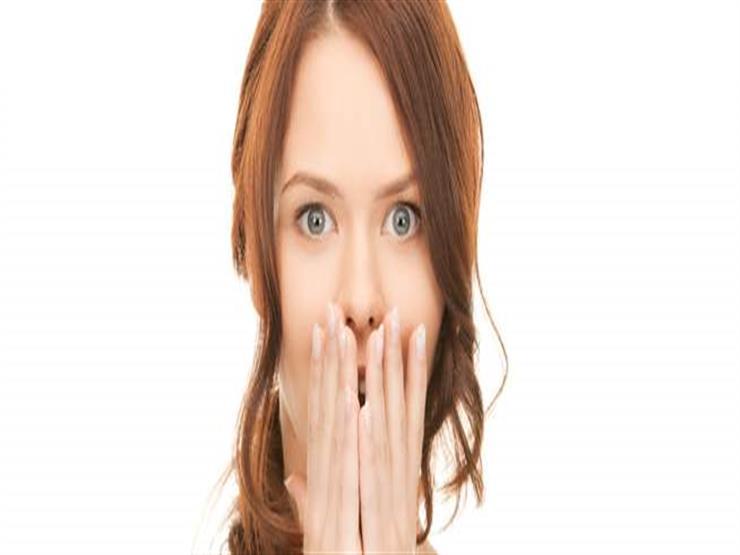 منها التنفس عن طريق الفم.. أسباب رائحة الفم الكريهة