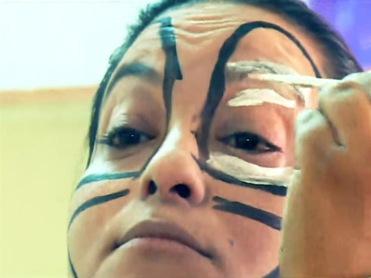 """ميرفت عبد الملاك.. أول """"مُهرج"""" امرأة في مصر"""