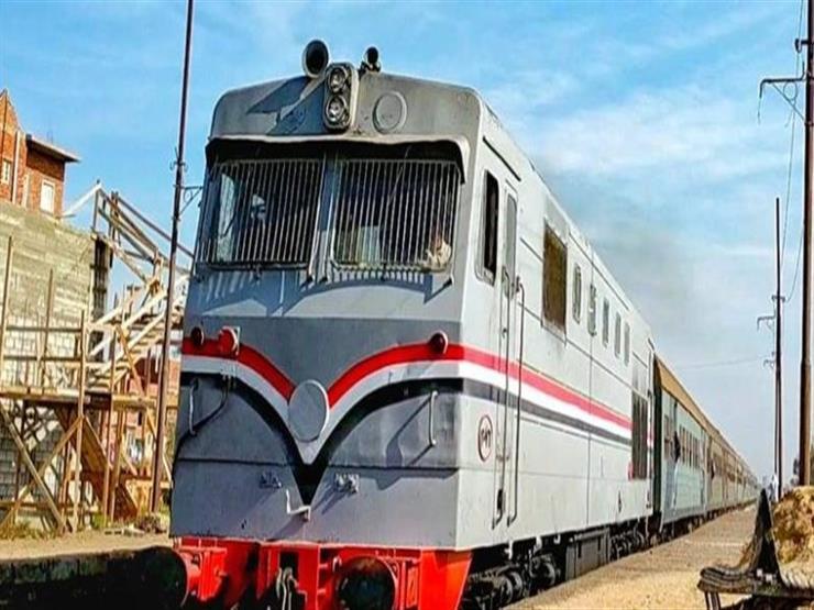 اختل توازنها.. سقوط طالبة من قطار بكفر الشيخ