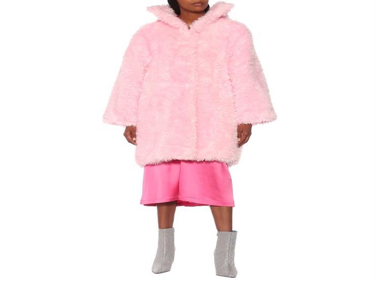 منعا للمبالغة.. تعرفي على ألوان معطف الشتاء وطرق تنسيقه