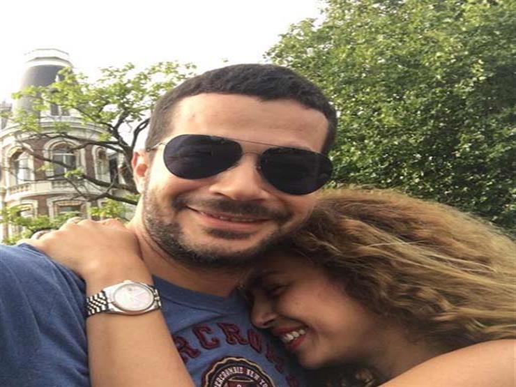 هكذا علقت داليا مصطفى على صورتها مع زوجها شريف سلامة