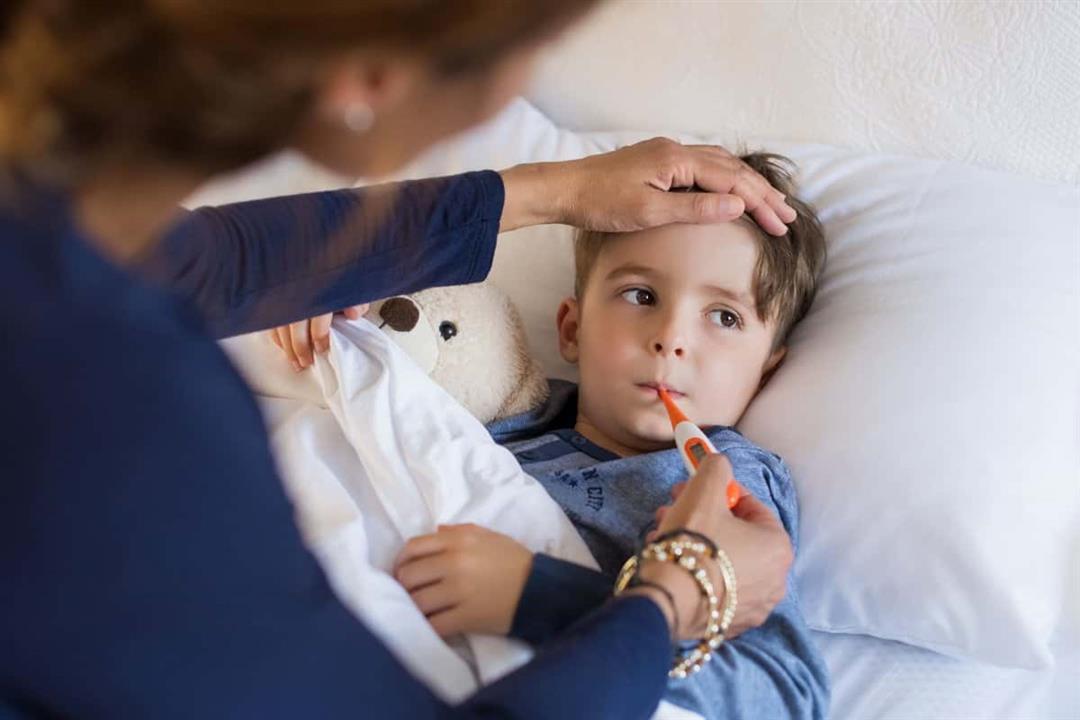 حرارة طفلك مرتفعة؟.. 6 حالات تستدعي نقله للمستشفى (صور)