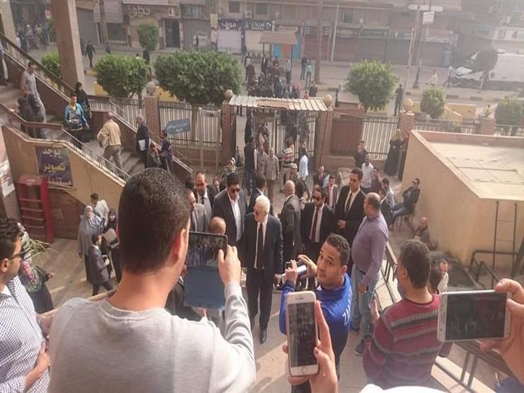 وصول مرتضى منصور للمرافعة في قضية محمود البنا