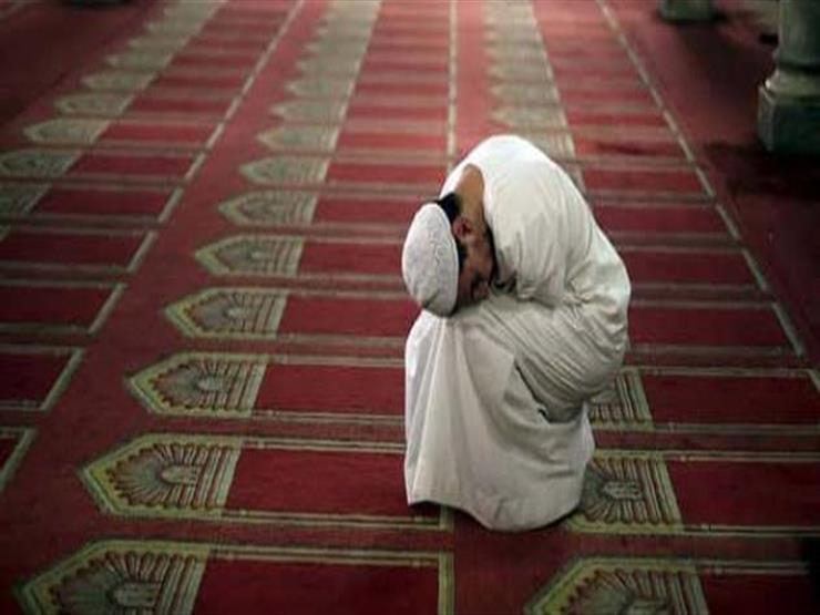 بالفيديو| لا ألتزم بالصلاة وأخاف غضب الله فماذا أفعل؟.. نصيحة من أمين الفتوى