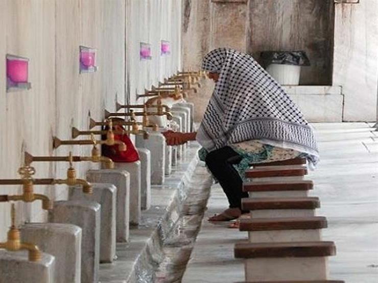 """تعرف على حكم المسح على غطاء الرأس في الوضوء دون إزالته.. """"البحوث الإسلامية"""" يوضح"""