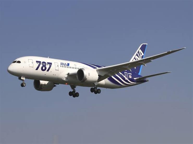 الإمارات تستعد لإبرام اتفاق على شراء 30 طائرة بوينج 787