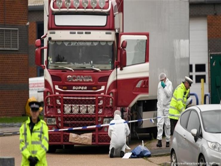 الشرطة الهولندية تعثر على 25 مهاجرا داخل حاوية مبردة على متن سفينة