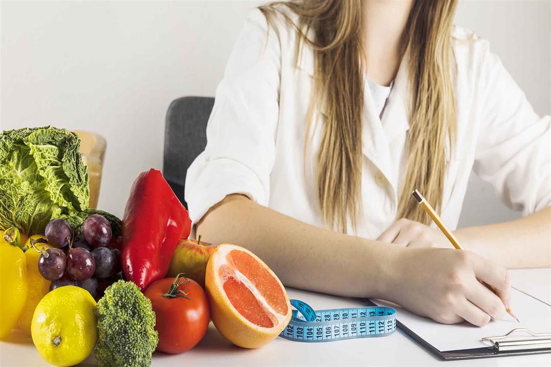 لمتبعي الدايت.. إليك قائمة بالأطعمة والمشروبات اللازمة لحرق الدهون (إنفوجرافيك)