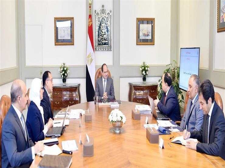 """السيسي يوجه ببدء تطبيق منظومة التأمين الصحي بـ""""جنوب سيناء والأقصر"""" مارس المقبل"""