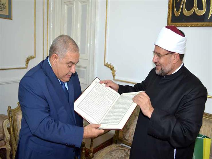 وزير الأوقاف يستقبل رئيس المحكمة الدستورية