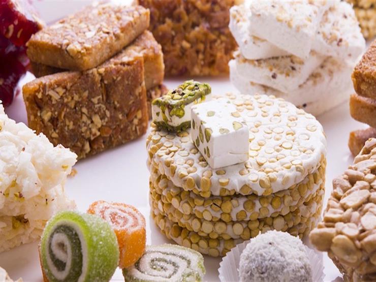 أمين الفتوى: الاحتفال في المولد النبوي بأكل الحلوى جائز وهو من القربات