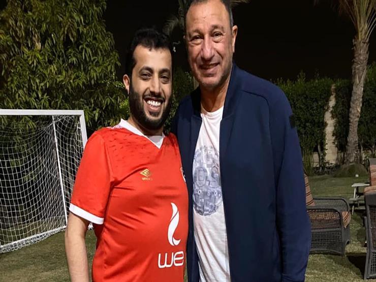 """""""في انتظار إشارة الخطيب"""".. آل الشيخ يدعم الأهلي قبل قرعة الأبطال (فيديو)"""