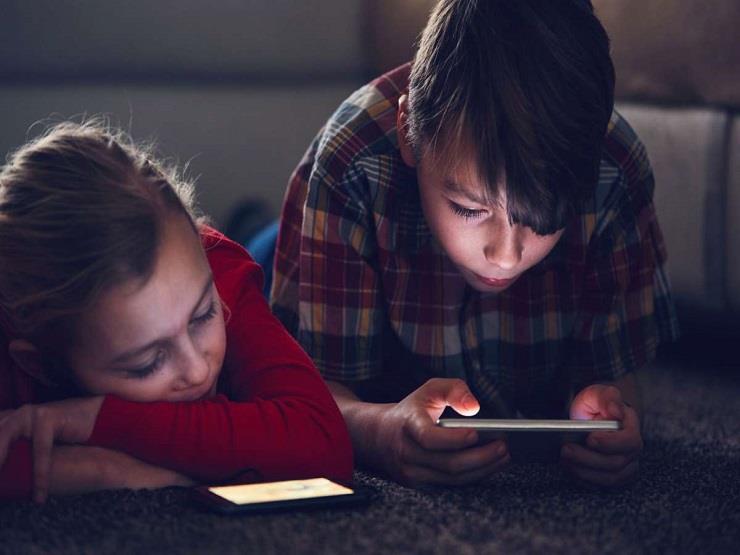 كيف تحمي طفلك على منصات الفيديو بشبكة الإنترنت؟