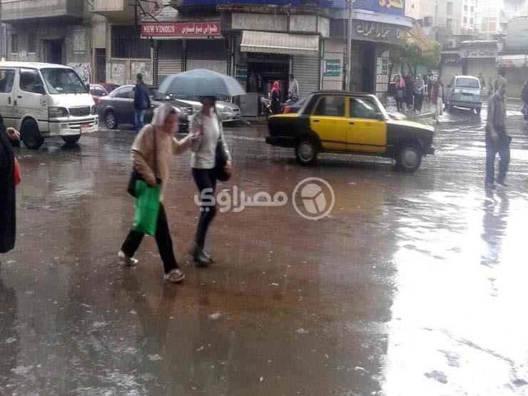 """رغم استقرار الطقس.. """"الأرصاد"""" سقوط أمطار رعدية على هذه المناطق"""