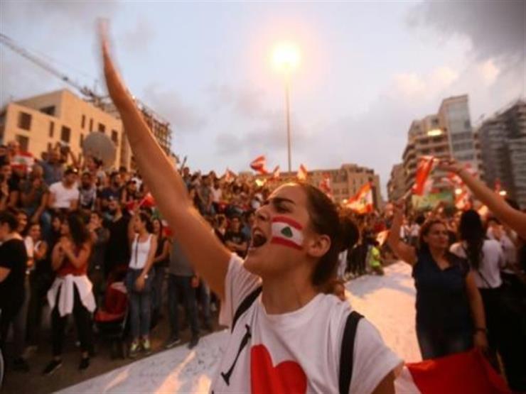 """اللبنانيات يخضن """"ثورتهن"""" الخاصة"""