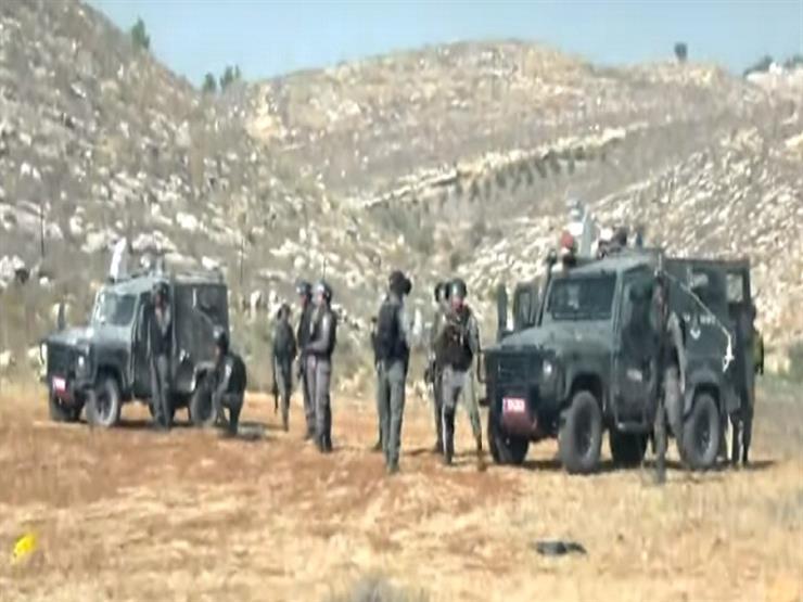 بالفيديو.. الاحتلال يقمع اعتصاما بالخليل بعد احتجاج على مصادر أراضي الفلسطينيين