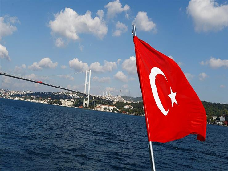 صور وحسابات مزيفة.. كيف استخدمت تركيا تويتر للترويج للعدوان على سوريا؟