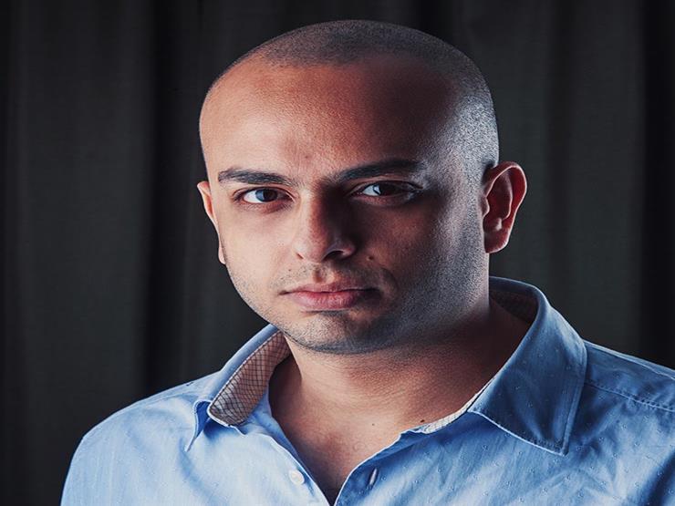 """بعد أزمة تصريحاته عن نجيب محفوظ.. أحمد مراد: """"سأغلق باب الرد من جانبي"""""""