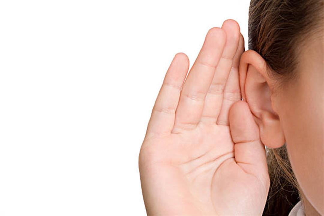 دراسة تحذر من طنين الأذن: قد يشير للإصابة بسرطان البلعوم