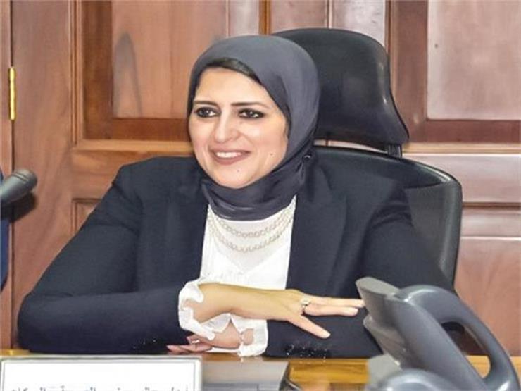 وزيرة الصحة تلتقي وفد نقابة الأطباء لحل أزمة التكليف   مصراوى
