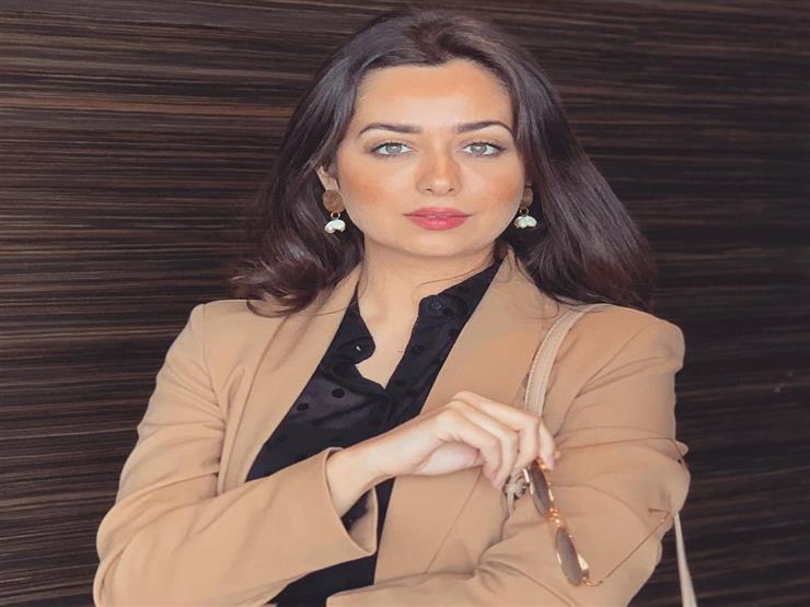هبة مجدي توجه رسالة رومانسية لزوجها..ومي كساب تعلق