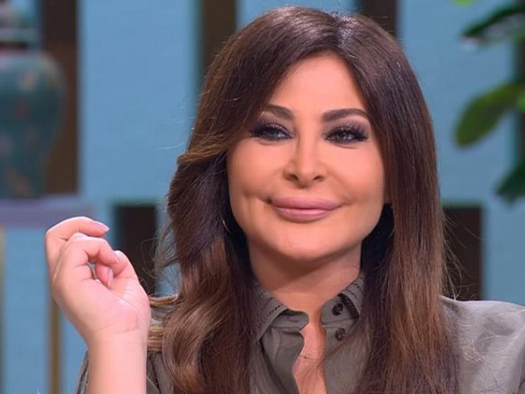 """إليسا عن لبنان: """"ما حدا يعمل لبنان ملعب"""""""