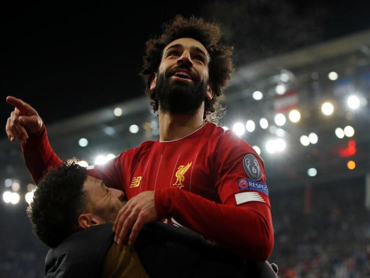 """"""" لأنني لم أشارك"""".. صلاح يمزح بسبب عدم فوز ليفربول على مانشستر يونايتد (فيديو)"""
