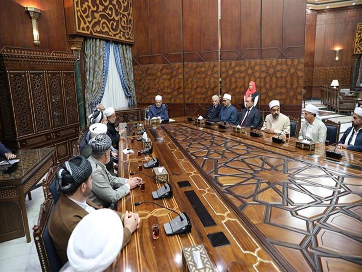 الإمام الأكبر: خطاب الأزهر رسالة.. وتدريب الأئمة على مواجهة التطرف في مقدمة أولوياتنا