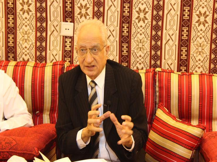 اتحاد الكتاب العرب ينعي الدكتور محمود فهمي