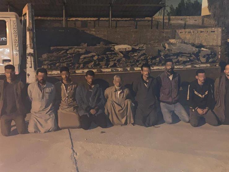 القبض على 9 أشخاص أثناء قيامهم بسرقة مصنع للحديد والصلب بالتبين