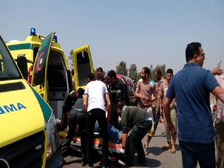 بالأسماء.. إصابة 11 شخصًا في حادث مروري ببني سويف