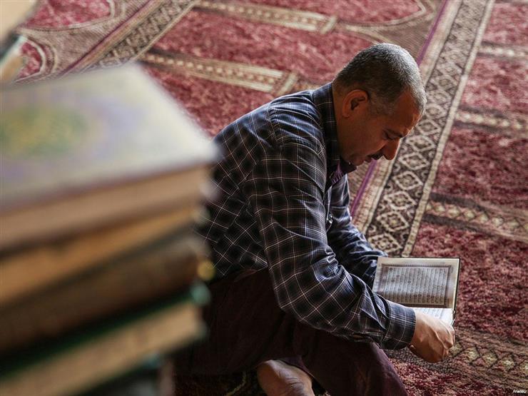 قراءة القرآن وهبة أجرها للميت.. هل هي من الأمور المشروعة؟.. الإفتاء تجيب
