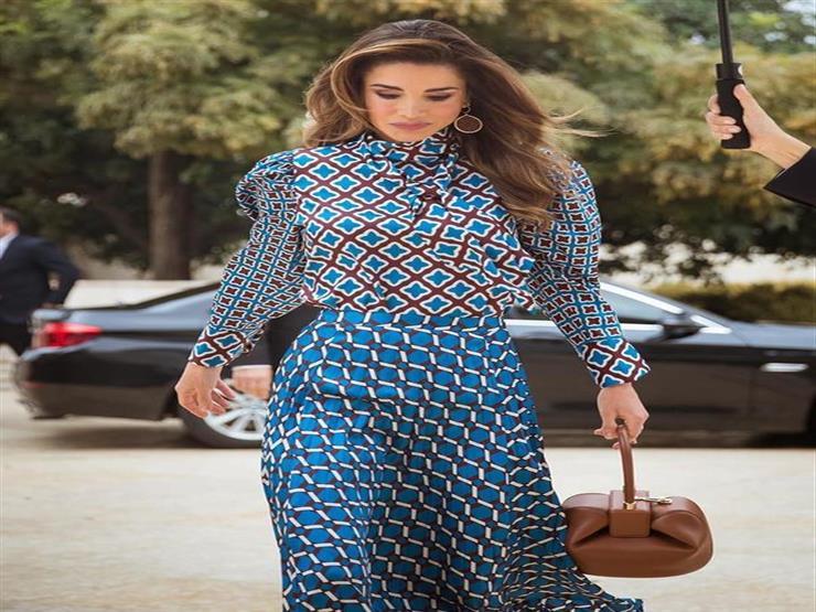 الملكة رانيا في إطلالة راقية.. هكذا نسقتها