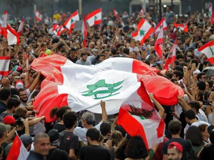 """المحتجون يعودون إلى شوارع لبنان في """"أسبوع غضب"""" ضد النخبة السياسية"""