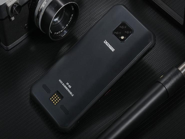 هاتف صيني ذكي للاستخدامات الشاقة بـ400 دولار
