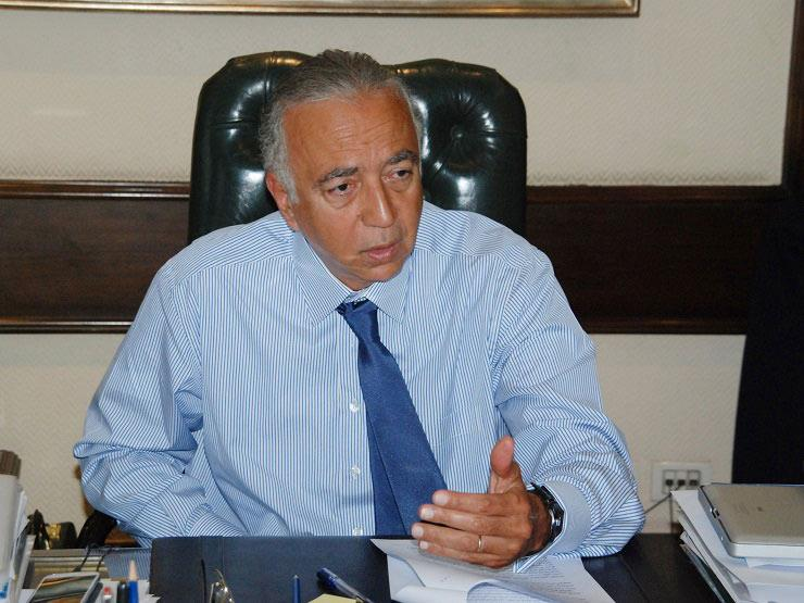 فتحي السباعي رئيس بنك التعمير والإسكان يستقيل من منصبه