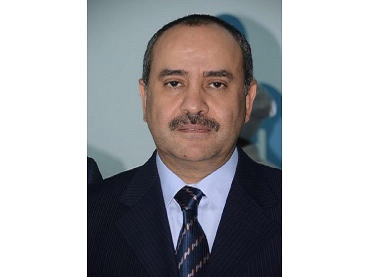 وزير الطيران يهنئ وزير الداخلية بعيد الشرطة