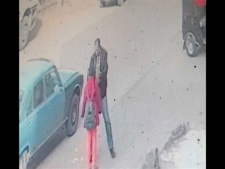 جهود أمنية لضبط مجهولين سرقا قرطًا ذهبيًا من طفلة بالقليوبية (فيديو)