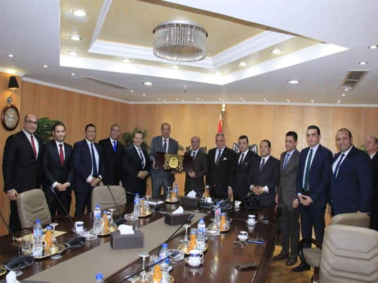 للتهنئة والتباحث في الملفات القضائية.. أعضاء نادي القضاء يزورون وزير العدل الجديد