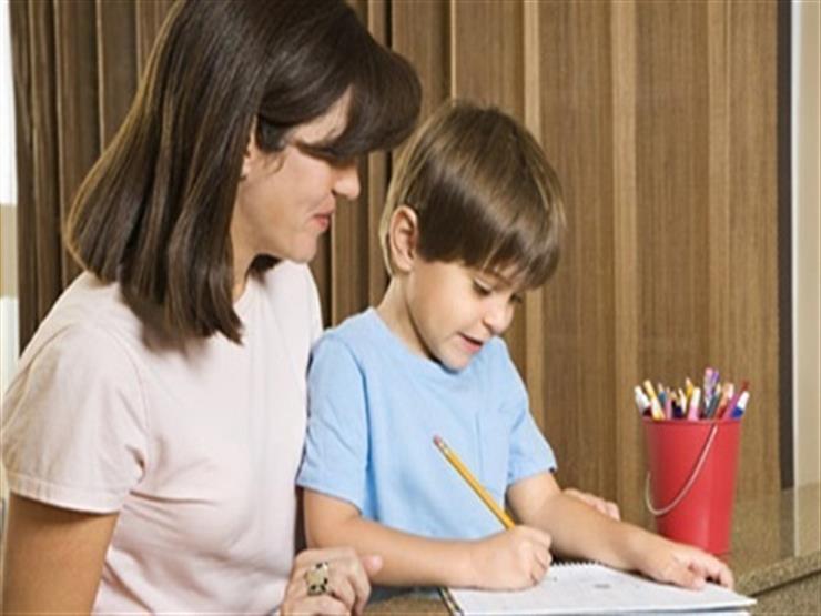 للأمهات.. 8 نصائح تساعد طفلك على التركيز أثناء الامتحانات