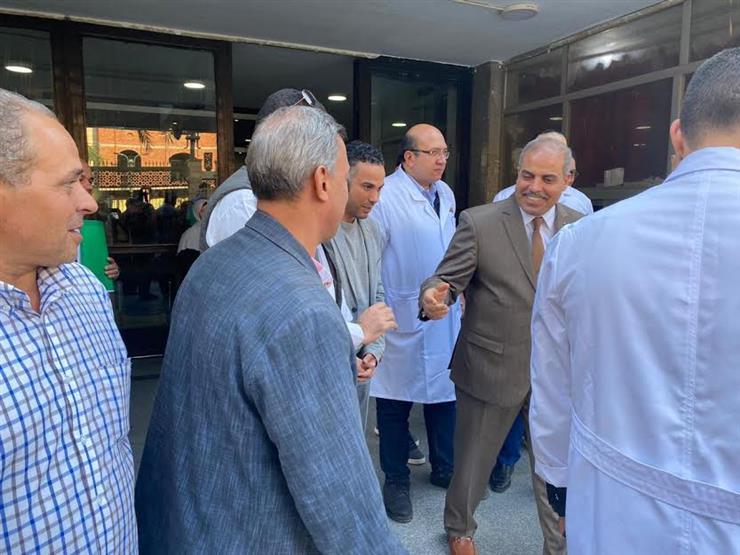تفقد المطبخ.. رئيس جامعة الأزهر يزور مستشفى الحسين الجامعي