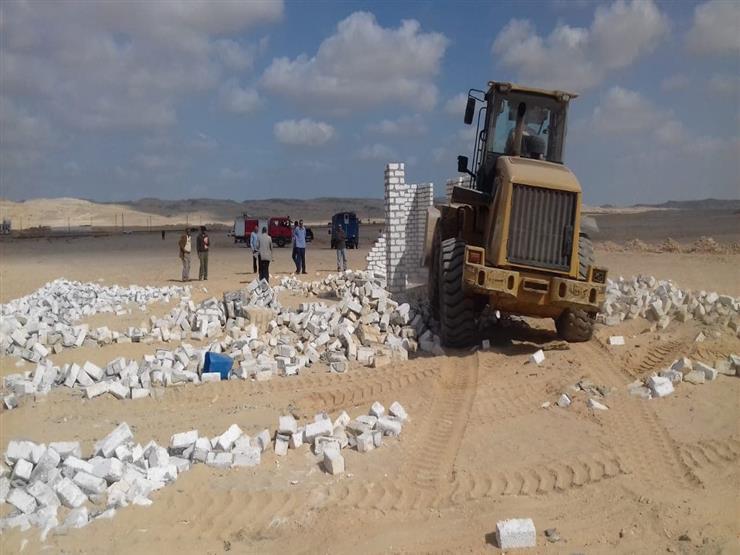 الجيزة: إزالة تعديات على 23.5 ألف فدان بالواحات البحرية   مصراوى