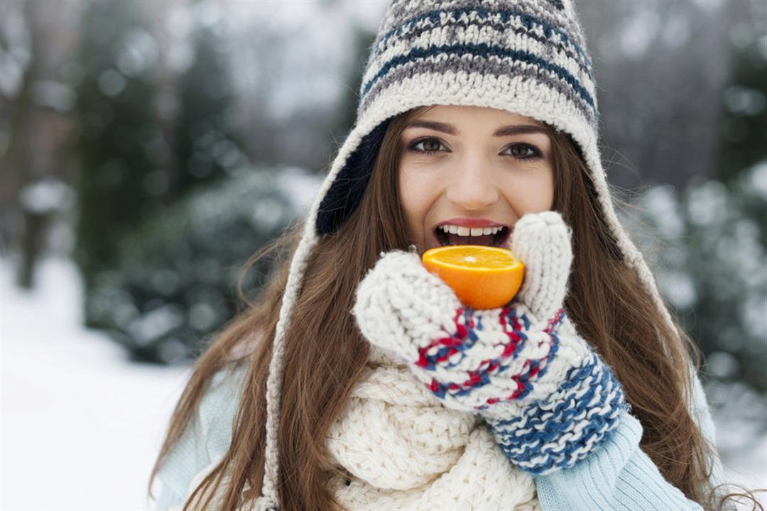 البرتقال واليوسفي ليسوا من بينها.. 5 فواكه شتوية غنية بفيتامين سي (صور)