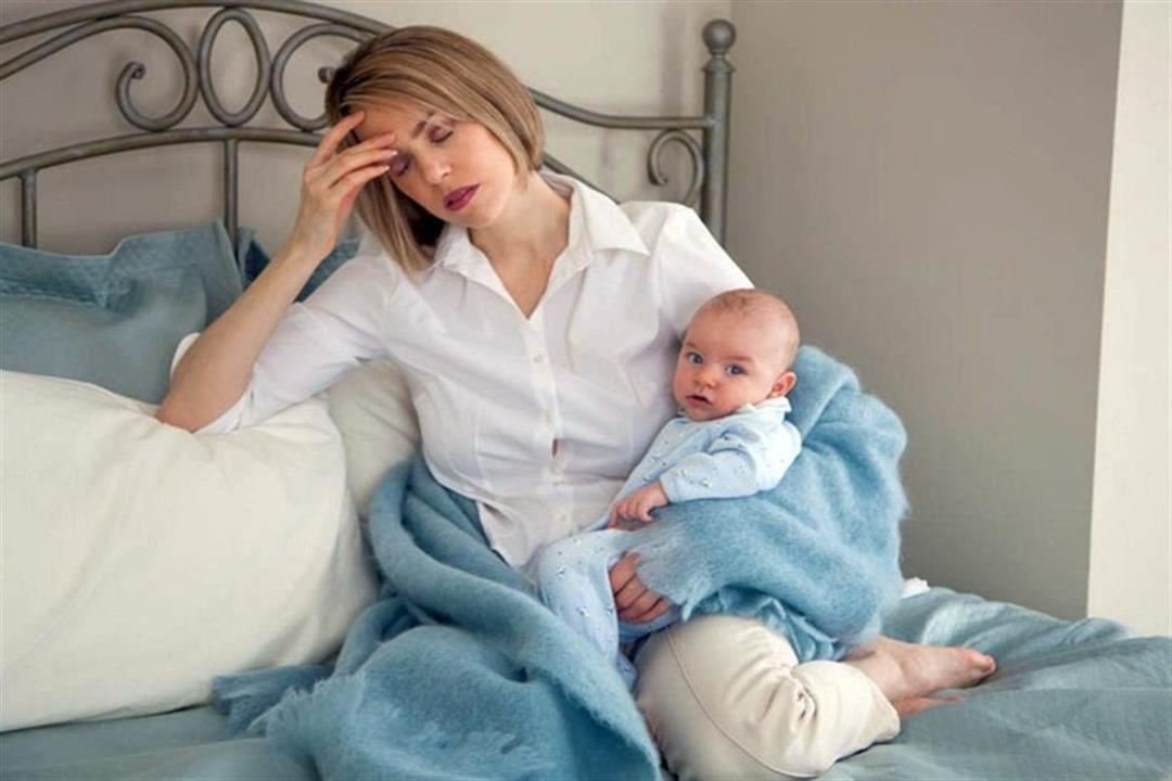 انخفاض الاستروجين السبب الرئيسي لاكتئاب ما بعد الولادة