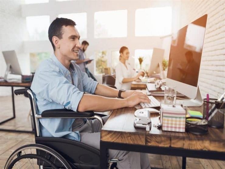 توفير وظائف لذوي القدرات الخاصة والحالات الأولى بالرعاية  في الوادي الجديد