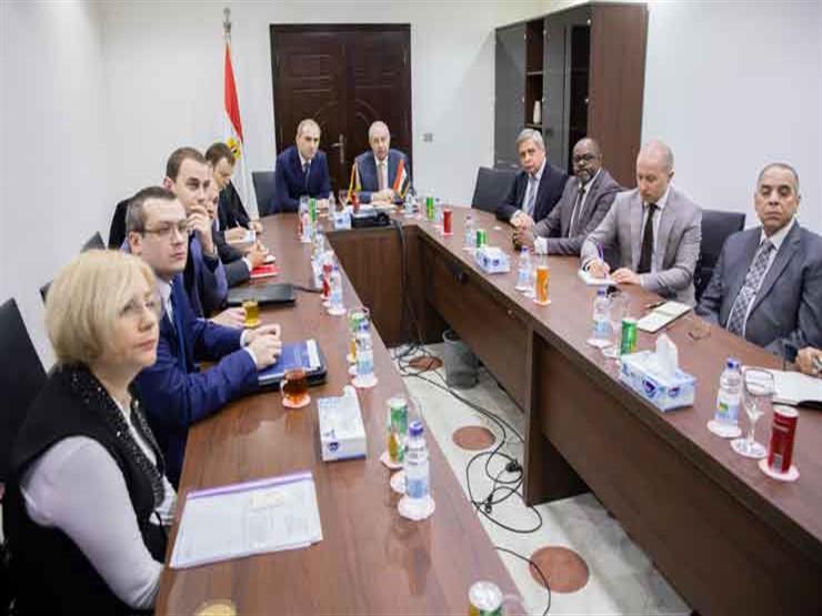 """وفد صناعي """"بيلاروسي"""" يبحث فرص الاستثمار في المنطقة الاقتصادية لقناة السويس"""