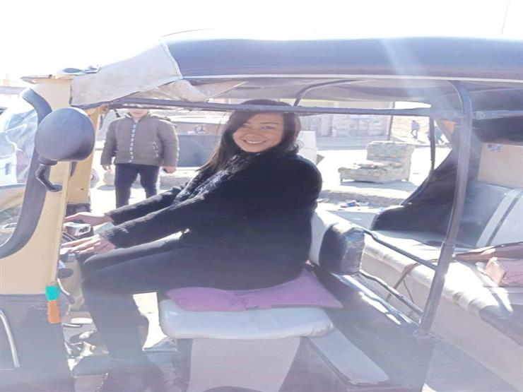 """جزائرية في جولة سياحية بالقاهرة: """"أخيرا سوقت توك توك"""""""