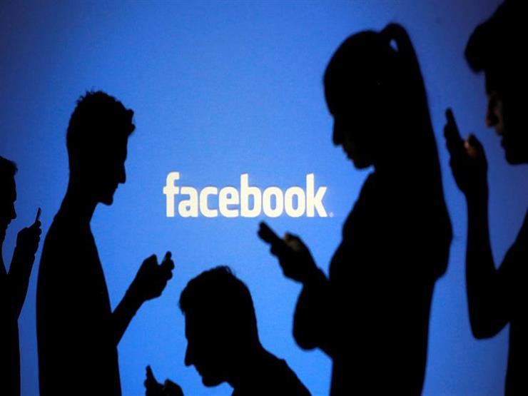 """""""فيسبوك"""" تحذف مئات الحسابات ذات الصلة بإيران"""
